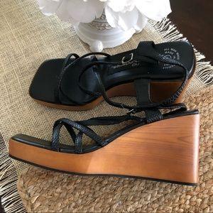 Vintage 90's Y2K chunky heel sandals